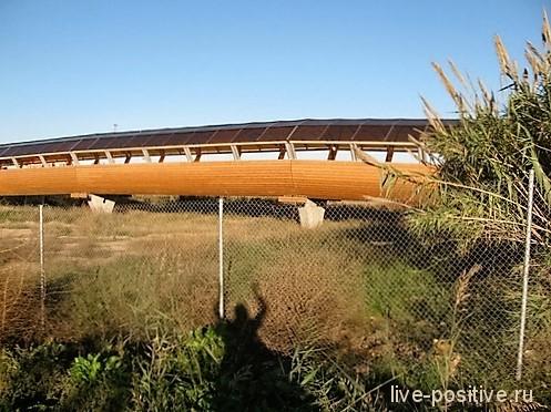 Мост через высушенное русло Турии